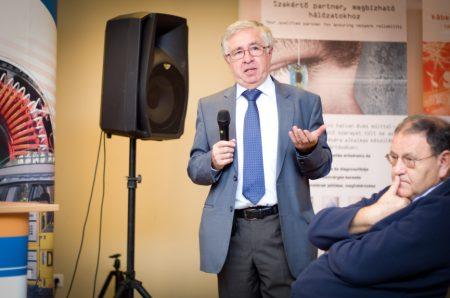 Dr. Varga László